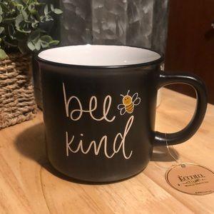 NWT Bee Kind collectors mug